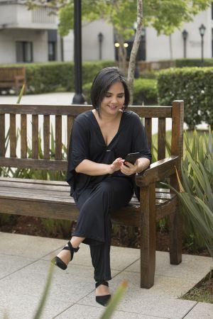 Rebeca Toyama é fundadora da RTDHO empresa com foco em bem estar e educação corporativa